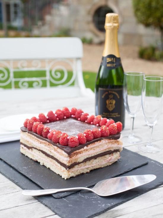 CAKES-Strattons-Hotel-Raspberry-Chocolate-Orange-Cake-4