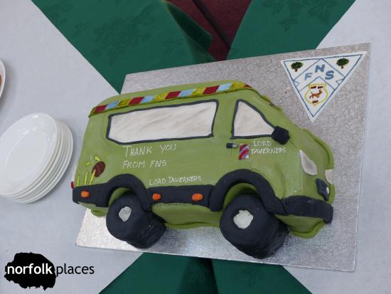 Cake bus