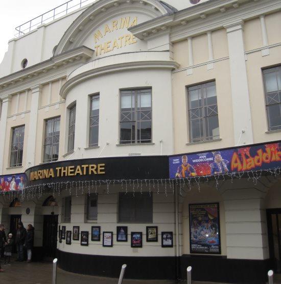 Review of Aladdin @ Marina Theatre, Lowestoft